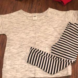 Old Navy ss knit sweatshirt and circo striped leg
